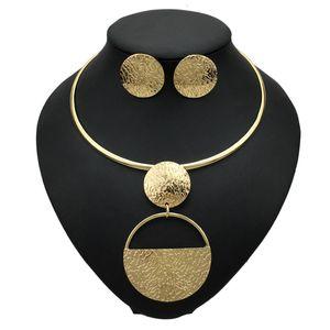 I monili punk Gold-colore geometrica metallo moda per le donne Choker collane orecchini set Dichiarazione Collier bijoux