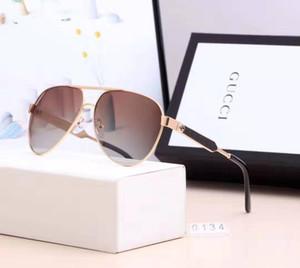 Hot novos clássicos óculos de sol retros do aviador óculos de sol esportes ao ar livre óculos de sol de alta qualidade com caixa