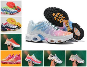2019 New Air Tn Inoltre Chaussures Femme modo di marca Tn Ultra Se Nero Rosso Bianco Designer Shoes reti tematiche Donne Sport Trainer casuale Zapatillaes