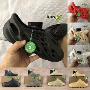 2020 nueva espuma corredor Kanye hombre plataforma de la sandalia del deslizador de triple hueso blanco negro de resina Tierra Brown diapositivas de diseño mujeres de los hombres de lujo de las sandalias