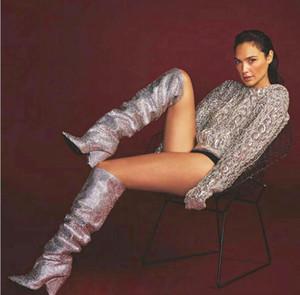Blazer di lusso in pelle da donna Niki Slouch in pelle decorata con cristalli, stivaletti al ginocchio ricoperti di tacchi a cono, diamanti, scarpe da donna