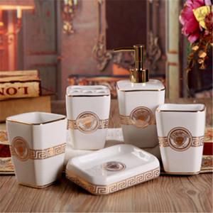 Banyo Takımları Avrupa Stili Çömlekçilik Porselen 5 6 adet Seti Modern Basit Banyo Yıkama Gargara Suit Banyo Ark Aksesuarları