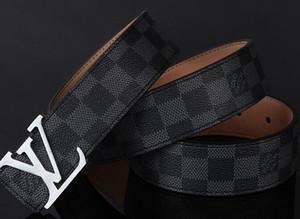 132wholesale echter Ledergürtel für Männer Qualitäts-Male Marke Automatische Buckle schwarz Marke Gürtel Cummerbunds cinturon hombre