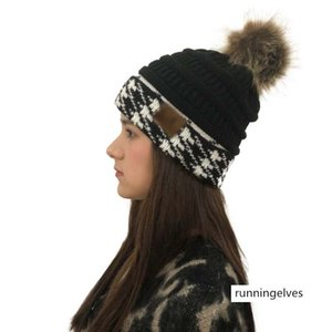 2019 wool hat thousand bird grid color matching belt cc wool ball knitted hat