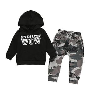 Baby Hoodiesatz Kinder Beiläufigen Kleidung Boy Outfits Sweatshirt Outfits Set Baby Brief Hoodie Camouflage Tasche Freizeit-Hosen 06