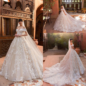 2020 New Arrival Luxury Off the Shoulder A Line Wedding Dresses 3D Flowers Appliqued Wedding Bridal Gowns Vintage Country Wedding Gowns