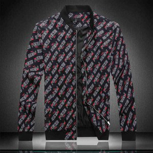 20ss Mens Designer Hooded Jackets Windbreaker Sportswear New Spring Autumn Casual Jacket Clothing Zipper Collar Plaid Printed Slim Jacket