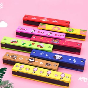 WJ1016 Wooden 16 holes cartoon harmonica children's educational toys wooden harmonica iron