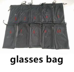 50pcs, sacos pretos para óculos de sol LOGO sacos de qualidade Marca opções de preço de fábrica 10 cores terno para o tamanho normal de Fast Ship