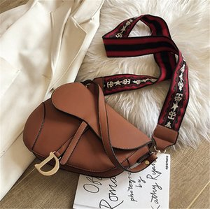 Kadınlar Tasarımcı Lüks Çanta Yüksek kalitede omuz çantası Eyer Çapraz Vücut PH-CFY2003175