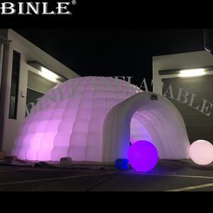dôme igloo gonflable géant blanc discothèque personnalisée tente avec l'entrée du tunnel LED salle de spectacle igloo gonflable pour l'événement