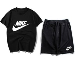 2019 New Arrivals Summer Mens tuta manica corta T-shirt e pantaloncini casual con cappuccio sportivo tuta sportiva uomo girocollo Sport BNCMDFD