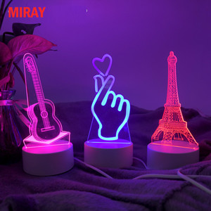 Mais recente lâmpada LED Creative 3D LED Night Lights Novelty Illusure Night Lamp 3D Illusion Table Lamp For Home Decorative Light