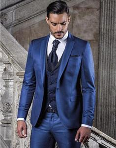 جديدة ذات جودة عالية زر واحد يناسب الأزرق العريس البدلات الرسمية الشق التلبيب رفقاء العريس رجل الأعمال الزفاف حفلة موسيقية (سترة + سروال + سترة + ربطة عنق) 629