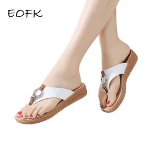 EOFK Zapatillas de mujer Verano 2019 Nuevo Slip-on Casual hebilla pendiente Sandalias de mujer Chanclas de playa Zapatillas de mujer Zapatos de mujer