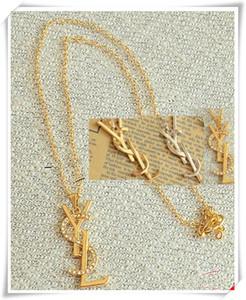 Calidad superior de lujo de los pendientes Collares Diseñadores fija la joyería de titanio de acero chapado en oro de 18 quilates de 5 colores collar colgante para las mujeres regalo