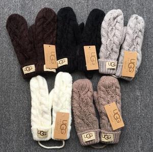 Hot * High Quality Markenhandschuhe / Unisex Wollhandschuhe / European Fashion Designer warme Handschuhe / Twist Strickhandschuhe