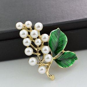 Novo estilo ouro Womens Tone grandes Faux Pearl White Grapes broche Green Leaf Fruit Brooch Pin para mulheres