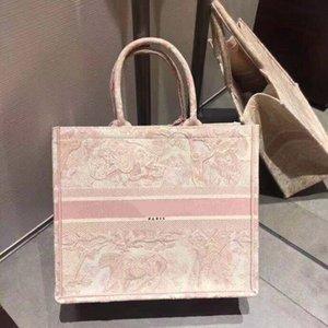 19New Ladies Bolsos de gran capacidad París Diseñador Bolsos de diseño de moda Retro estilo étnico lienzo hecho a mano bordado patrón bolsa de compras