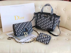Yeni moda bayan banliyö haberci çantası klasik zarif üç parçalı çapraz çanta bayanlar OL vahşi omuz çantası sırt çantası cüzdan