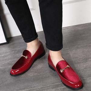2019 Moda Apontou Toe Vestido Sapatos Homens Mocassins Sapatos de Couro Envernizado Oxford para Homens Formais Sapatos de Casamento Mariage