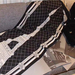 Sciarpa di seta del nuovo progettista donne degli uomini di alta qualità Autunno Inverno Lana Sciarpa morbida denso e caldo di lusso sciarpa lunga Classic Stampato Scialle