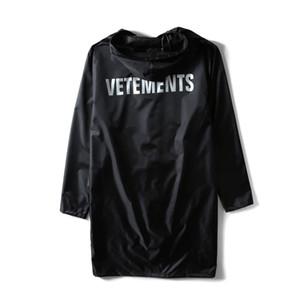 Erkek Tasarımcı ceketler Vetements Yağmurluk VTM Açık Bisiklet Su geçirmez Uzun Panço Moda WINDBREAKER High Street Kapşonlu Casual eskitmek
