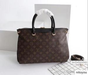 2020 2018 New fashion ladies handbag, satchel lady, leisure handbag, handbag, shoulder bag multi bag classic bag 34 x 26 x 12 cm