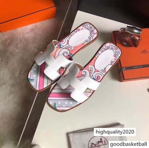 Sandals Show Printed High Heels Women's Slippers Hollow Design Luxury Designer Top Quality Beach Shoes