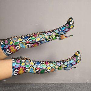 Mujeres de lujo Talla grande 35-47 Zapatos de mujer con estampado de serpientes de colores Mujer Sexy Tacones altos delgados Botas de verano Botas sobre la rodilla