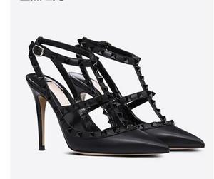 2019 femmes sandales à talons chaussures de mariage rivetées en cuir verni Sandales femmes cloutées chaussures habillées à lanières v chaussures à talons hauts + boîte