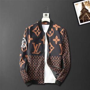 2020 Mens дизайн джинсовой куртки Роскошные тонкие куртки мужчин новый бренд дизайн Denim Jacket Спорт Hip Hop Куртки Sportwear Шуй