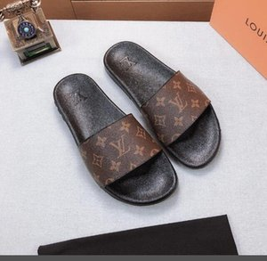 The lastest Slippers Women Summer Fashion Casual House flat heels Slippers Beach beauty top quality Shoes Woman Sandals