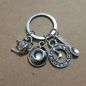 Bijoux de haute qualité de la mode Alice au pays des merveilles Keychain, tasse de café montre Teapot cuillère porte-clés, porte-clés horloge 690