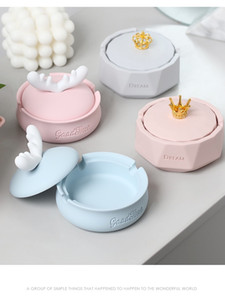 Nordic Ins Ashtray Personality trend Household Living Room with cover fly ash creative lovely girl heart furning
