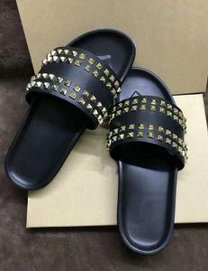 Designer Red Bas Donna clouté Chaussures plates hommes Rivet junior Spikes plat slippersSales nouveau