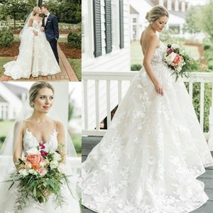 Latest Charming Lace Garden Wedding Dresses Sexy Spaghetti Straps Backless Bridal Gowns A Line Sweep Train Robes De Mariee Plus Size