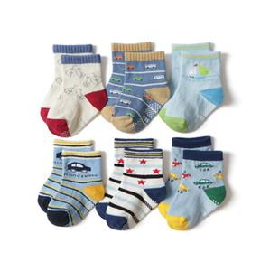 Enfant Chaussettes Cartoon bébé garçon Sock étage Coton Enfants Filles Chaussettes Anti Slip bébé Footsocks Imprimé voiture 120lots DW4554