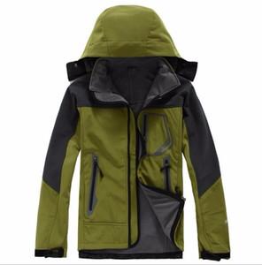 2019 hot Mens north Denali Fleece Apex Bionic Jackets Outdoor Windproof Waterproof Casual SoftShell Warm Face Coats Ladies