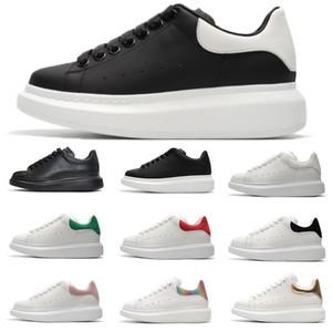 2020 Uomini Donne Scarpe moda casual Smart Platform formatori Appartamenti Thick Sole Velvet piattaforma in pelle Walking Party Dress Sneakers