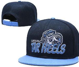 Tacchi North Carolina UNC TAR Snapbacks NCAA College Football cappelli Uomini registrabile della protezione del cappello di pelliccia donne football americano a02 Red
