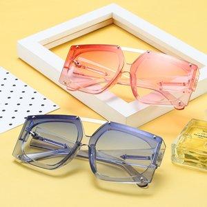 Moda Kare Güneş Uk 5 Renk Kare Kare UV400 Lens Güneş Mens için Kız Gözlükler ABD için