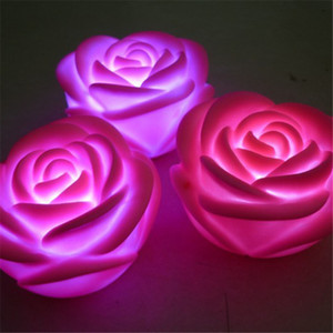 New Rose Shaped candle Light Romantico Night Lights Atmosfera Night Lightings Cambiare colore Decorazione lampada regalo di San Valentino