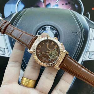 고품질 브랜드 남성 남성 남성 relogios 시계를위한 럭셔리 디자이너 기계 자동 가죽 밴드 다이아몬드 다이얼 daydate 손목 시계를보고
