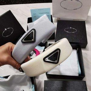 Nuevo P bandas para la cabeza diadema de moda decorado de la letra diadema de alta calidad 2020 dama joven diseñador de banda para la cabeza al aire libre