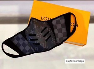 26 Stil-Liebhaber Leder halbe Gesichtsmaske berühmte Designer-Handtaschen Damen Handtasche Mode-Einkaufstasche Frauen und Männer Shop Taschen Größe S und M Freies bo