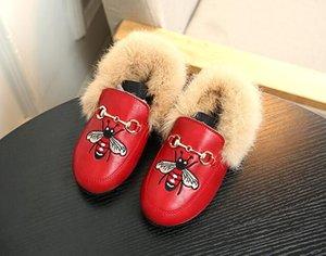 Bambini delle ragazze del bambino scarpe di moda dei bambini peluche del bambino velluto Mocassino Scarpe principessa delle ragazze del partito velluto ricamato scarpe in pelle