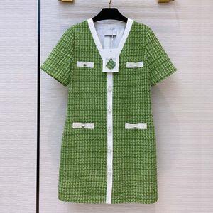 Fashion women's high-end autumn vintage elegant striped contrast color woven plaid tweed V-neck buttoned slim A-line dress