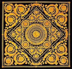 Cortina de oro de lujo de la medusa barroco diseñador de la vendimia del sofá del terciopelo Tela Vanidad Barocco Clásico Negro Tela italiana real Mueble de casa FAB