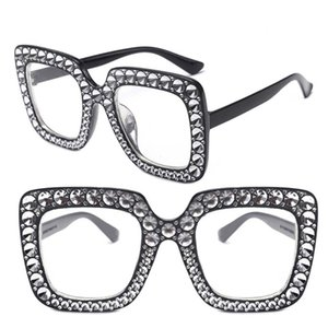 Moda artificial plaza del diamante gafas de sol de las mujeres de los hombres de la playa de vacaciones lentes de los vidrios Gafas de phototaking modelo muestran